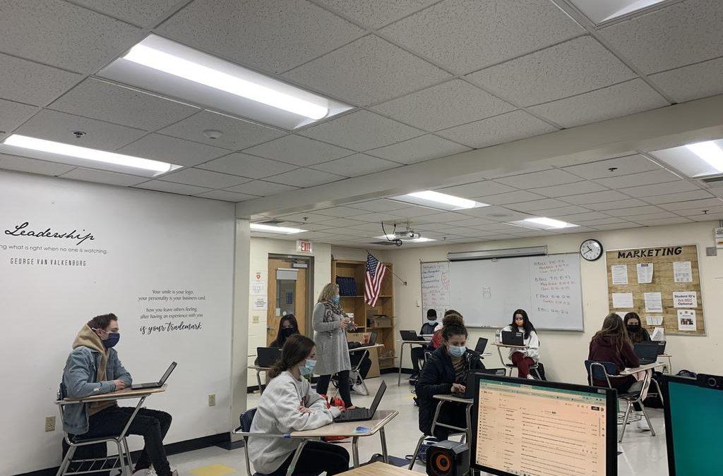 CTE Centers Adapt, Integrate New Educational Technologies